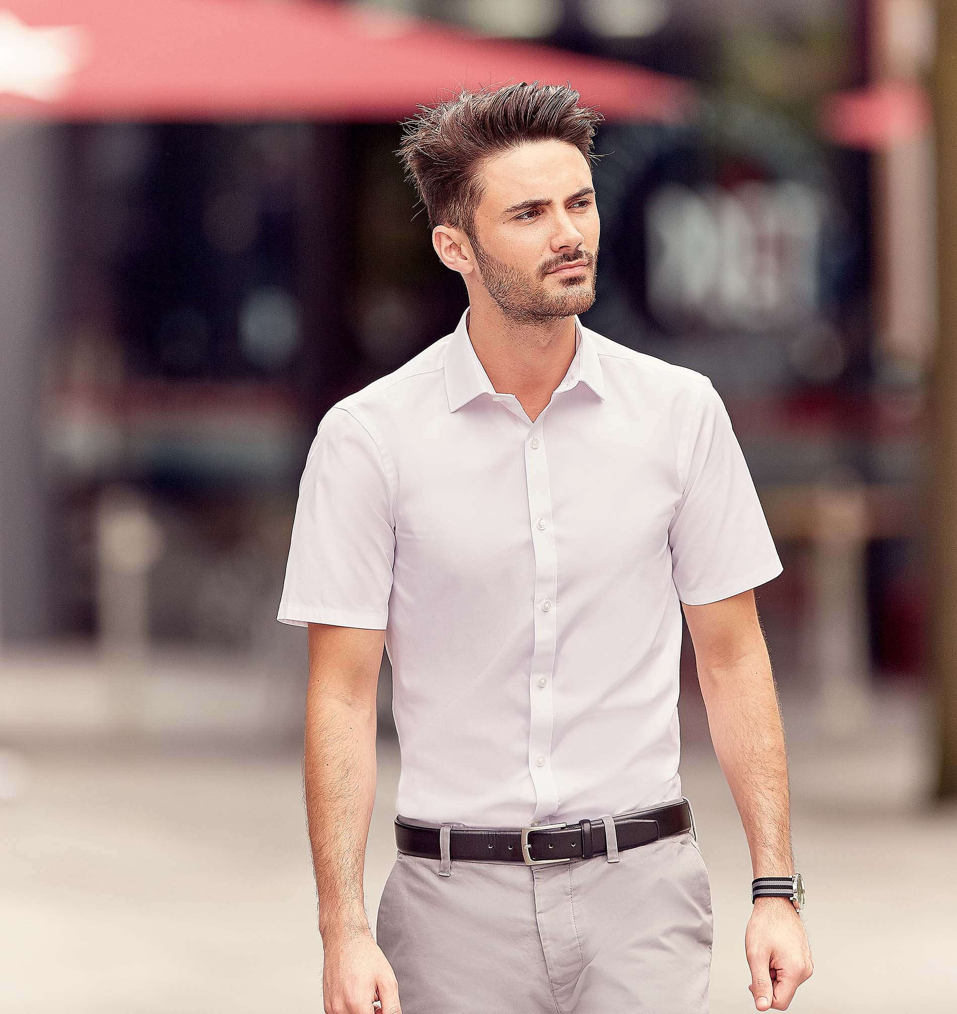 Russell CHEMISE HOMME MANCHES COURTES ULTIMATE STRETCH